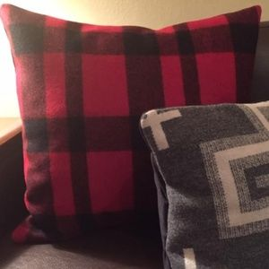 20 x 20 Pendleton Wool Pillow